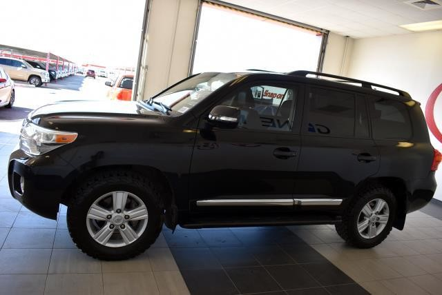 Pre-Owned 2014 Toyota Land Cruiser